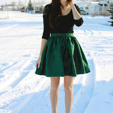 Green Gathered Regal Holiday Skirt Size XS by shopflattery