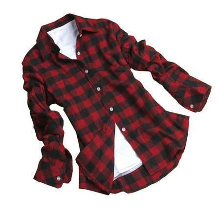 1cc56196c5 Erfarenheterna av kvinnors ålder  Camisa xadrez feminina vermelha e ...
